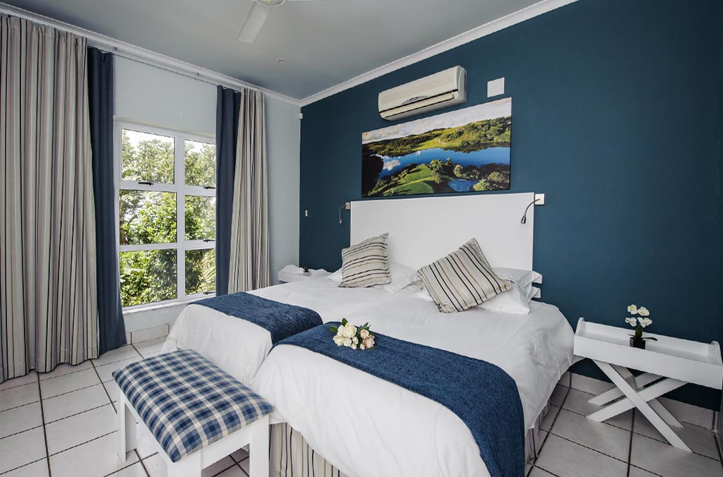 Albatross Guesthouse - Southbroom -twin beds